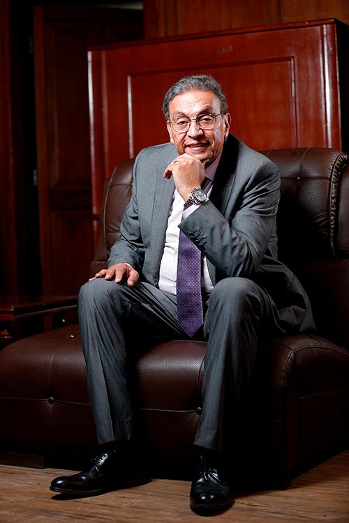 Dr. Rolando Kempff Bacigalupo fue reelegido Presidente de la Cámara Nacional de Comercio (CNC - Bolivia)